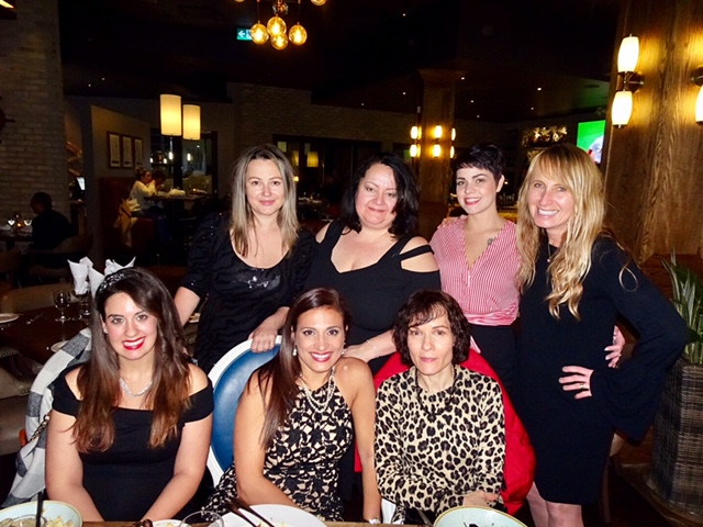 group photo of Lorne Park Dental team, Joanna, Sandra, Brittney, Dr. Malgosia DeAngelis, Tania, Fernanda, Bev