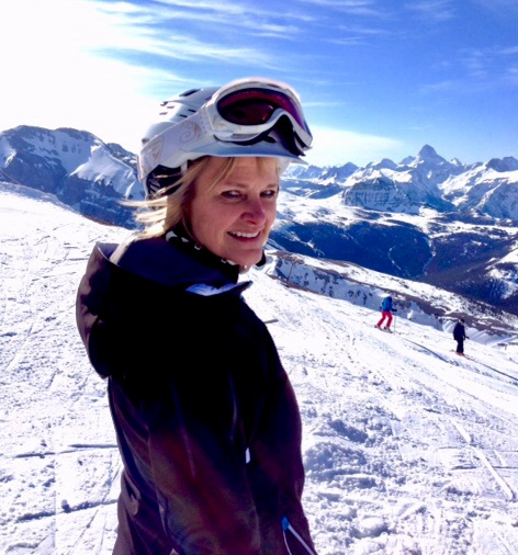Lorne Park Dental hygienist, Jenny skiing in mountains