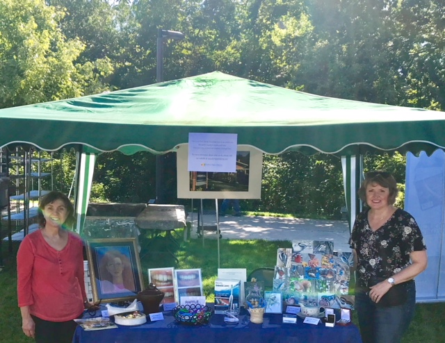 Lorne Park Dental Associates table-VAM's Art in the Park 2018-Dr. Rosanna Fasciani and dental hygienist, Lori