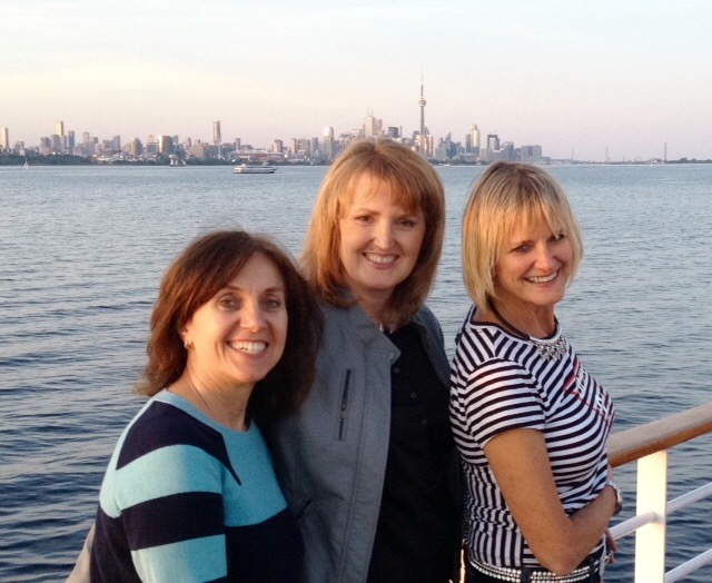 Mississauga Dentist, Dr. Rosanna Fasciani and Lorne Park dental hygienists, Lori & Jenny enjoy the  Halton Peel Dental Association cruise