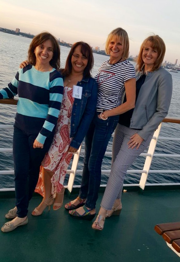 Mississauga Dentist, Dr. Rosanna Fasciani and friends enjoy Halton Peel Dental Association cruise